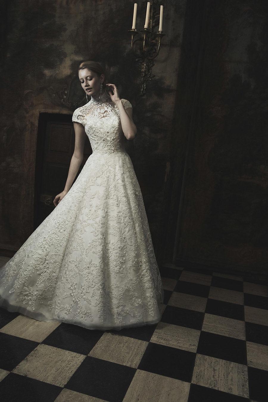 Wedding gowns UK 2019 Phillipa Lepley on English Wedding Blog (13)