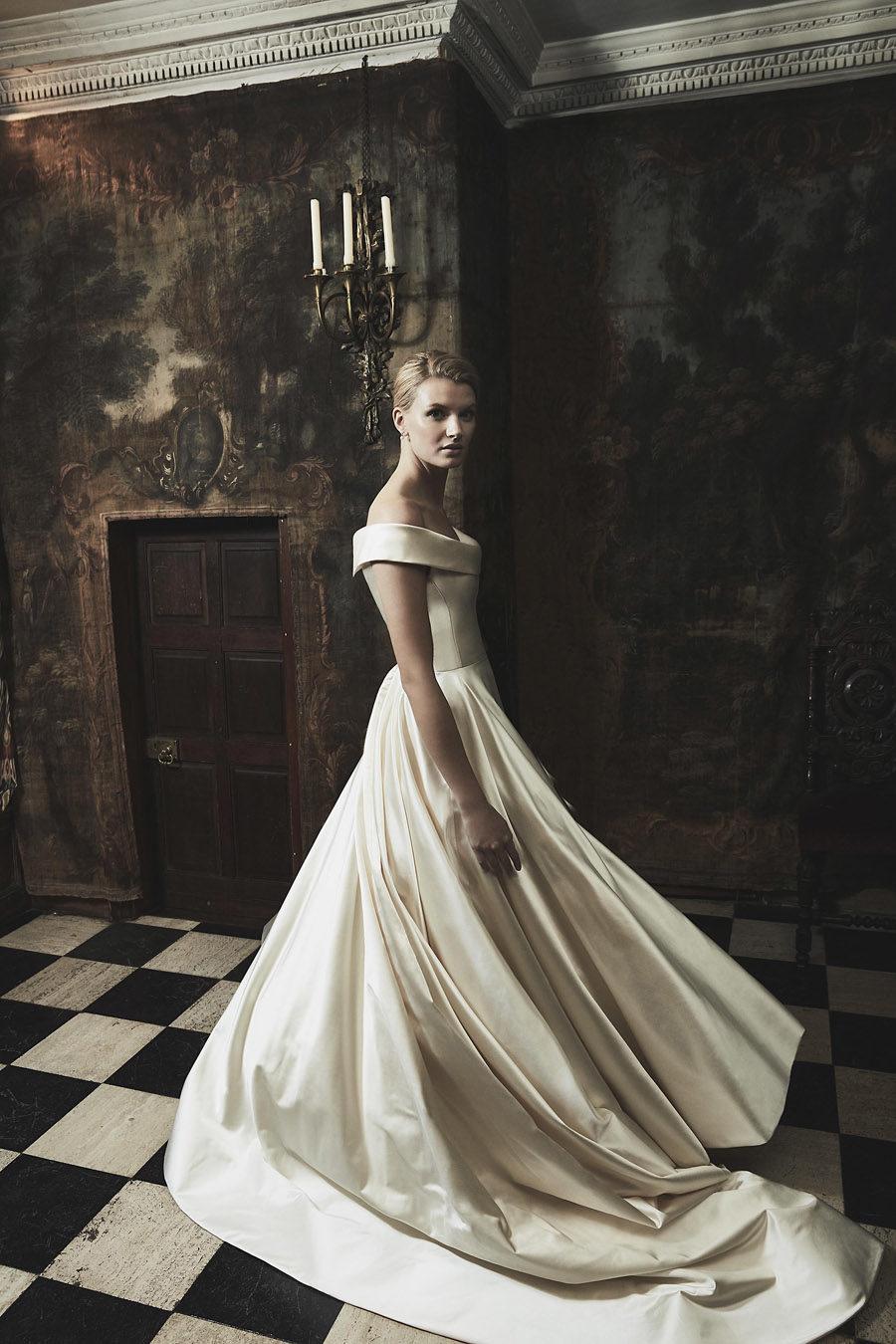 Wedding gowns UK 2019 Phillipa Lepley on English Wedding Blog (31)