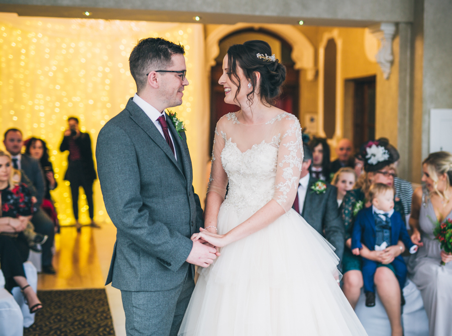A gorgeous snowy wedding at Higher Trapp Country House Hotel with Rachel Joyce Photography (11)