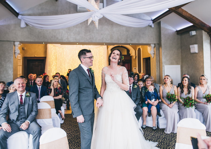 A gorgeous snowy wedding at Higher Trapp Country House Hotel with Rachel Joyce Photography (12)