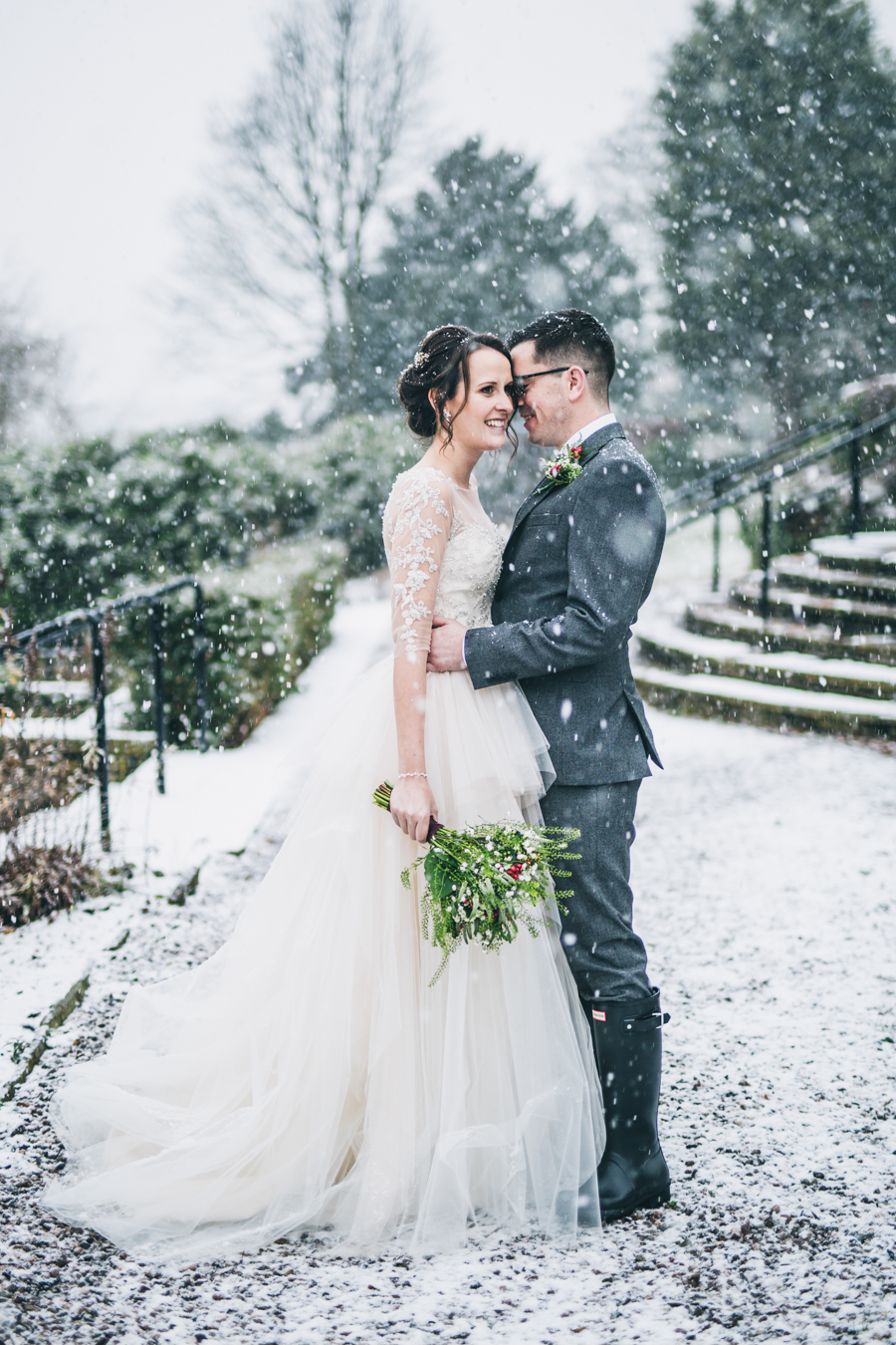 A gorgeous snowy wedding at Higher Trapp Country House Hotel with Rachel Joyce Photography (16)