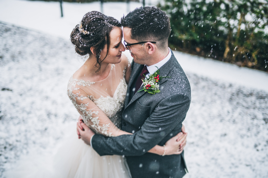 A gorgeous snowy wedding at Higher Trapp Country House Hotel with Rachel Joyce Photography (18)