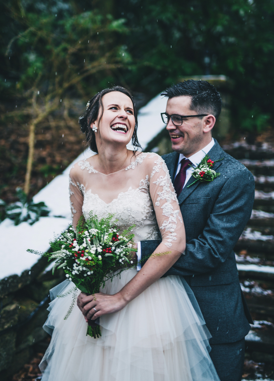 A gorgeous snowy wedding at Higher Trapp Country House Hotel with Rachel Joyce Photography (19)