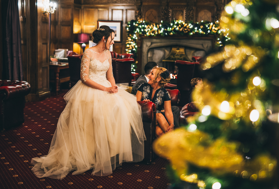 A gorgeous snowy wedding at Higher Trapp Country House Hotel with Rachel Joyce Photography (26)