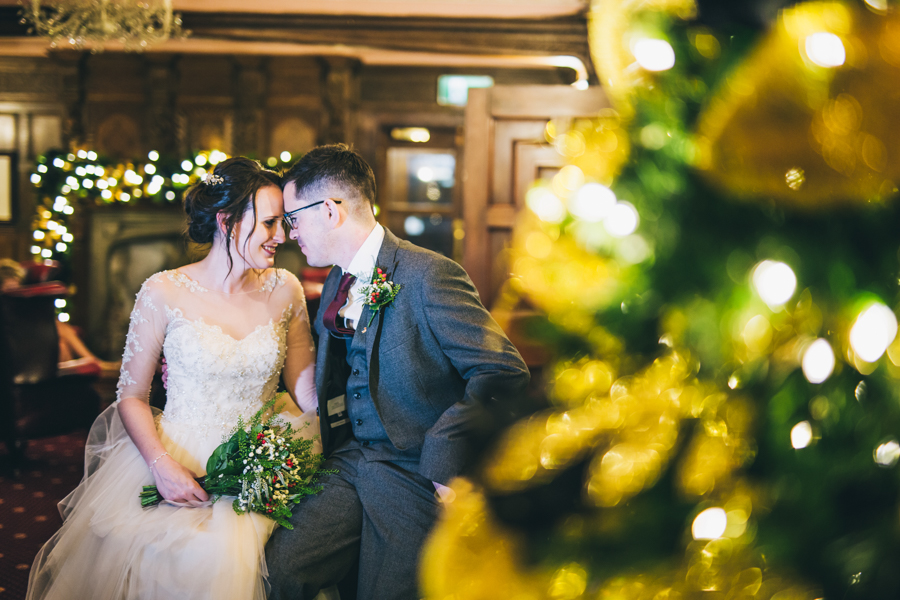 A gorgeous snowy wedding at Higher Trapp Country House Hotel with Rachel Joyce Photography (37)