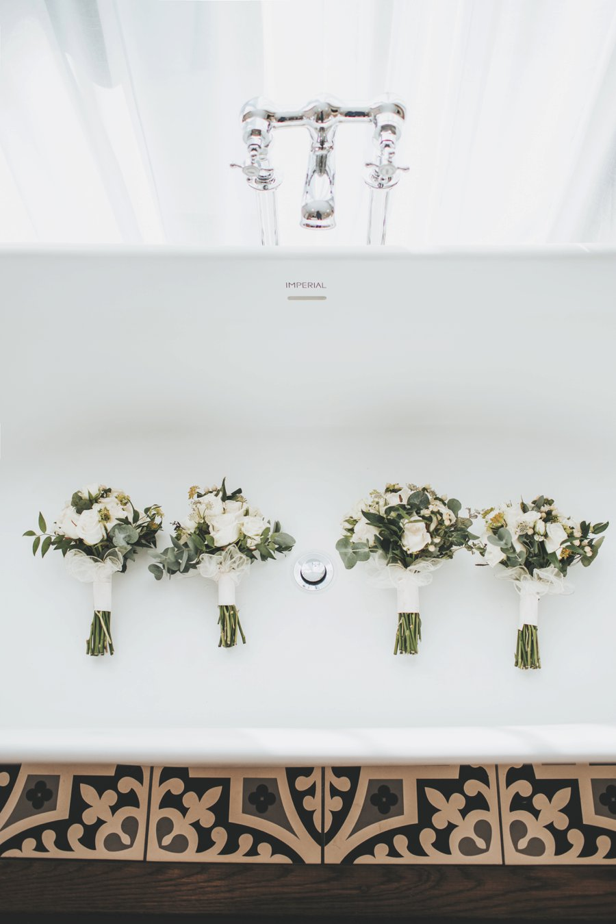 Gorgeous candlelit wedding ceremony on English Wedding blog, image credit Sarah Millington Photography (7)