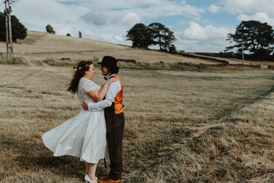 DIY vintage wedding in Huddersfield 2018, with Stevie Jay Photography (22)
