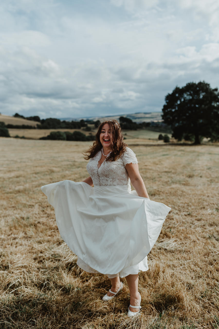 DIY vintage wedding in Huddersfield 2018, with Stevie Jay Photography (25)
