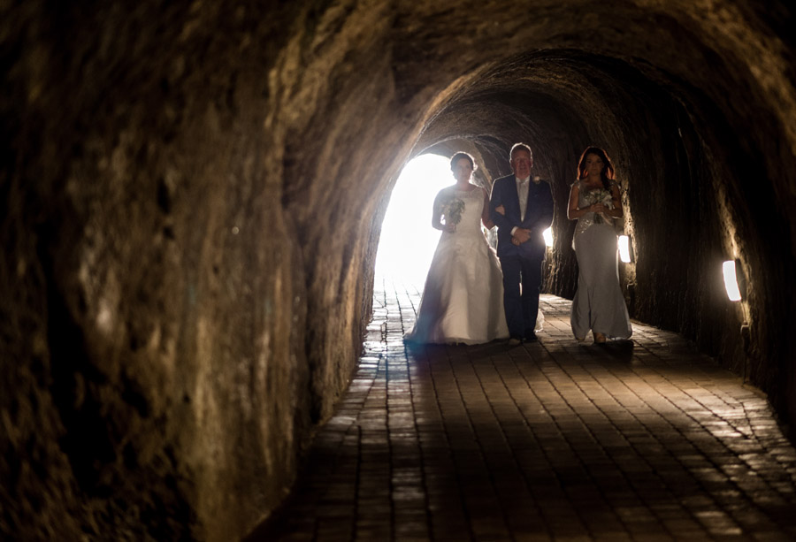 A relaxed and classic Devon Tunnels Beaches wedding in Ilfracombe with Robin Goodlad Photography (32)
