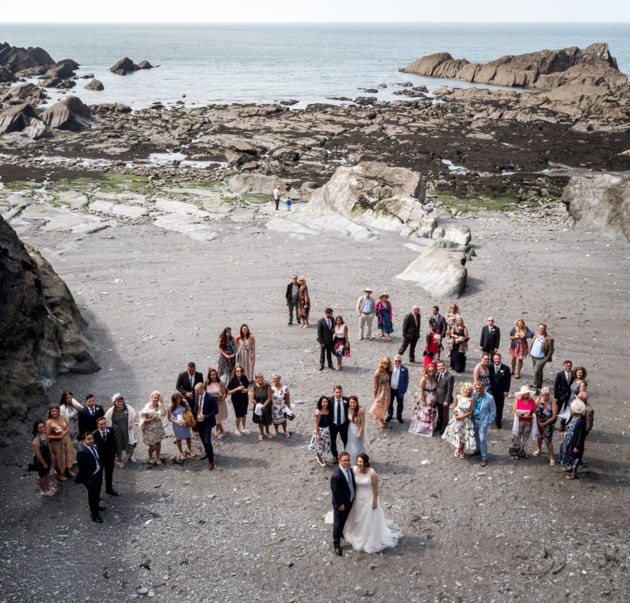 A relaxed and classic Devon Tunnels Beaches wedding in Ilfracombe with Robin Goodlad Photography (39)