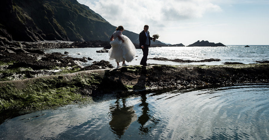 A relaxed and classic Devon Tunnels Beaches wedding in Ilfracombe with Robin Goodlad Photography (45)