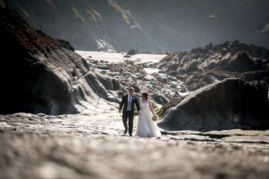 A relaxed and classic Devon Tunnels Beaches wedding in Ilfracombe with Robin Goodlad Photography (48)