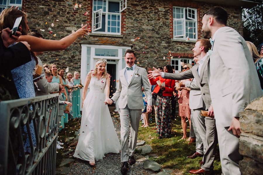 A relaxed botanical vibe for an Anran wedding in Devon, photo credit Special Day Wedding Photos (24)