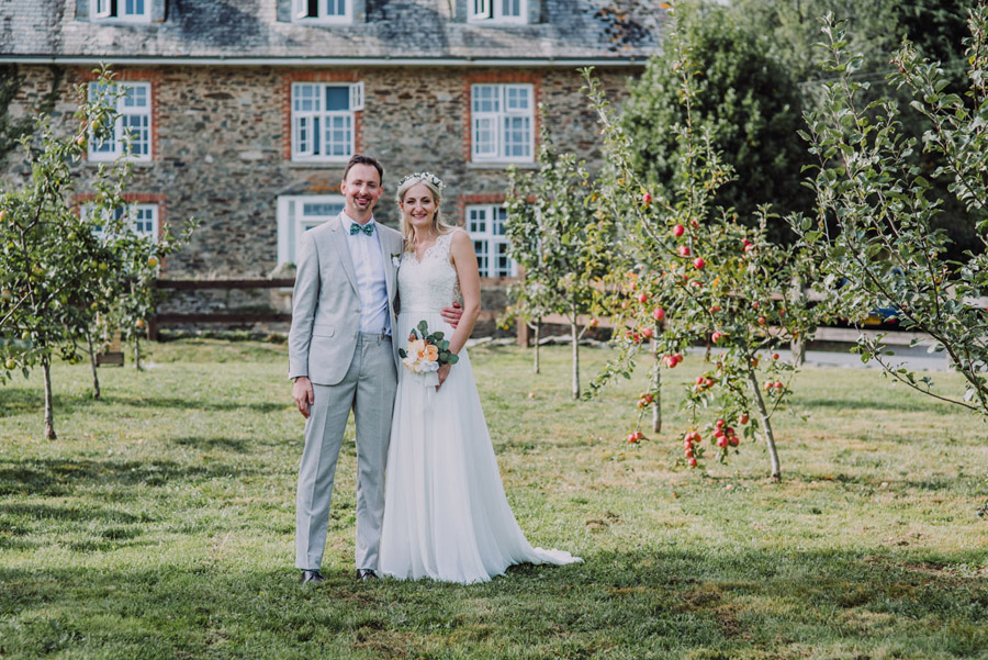 A relaxed botanical vibe for an Anran wedding in Devon, photo credit Special Day Wedding Photos (25)