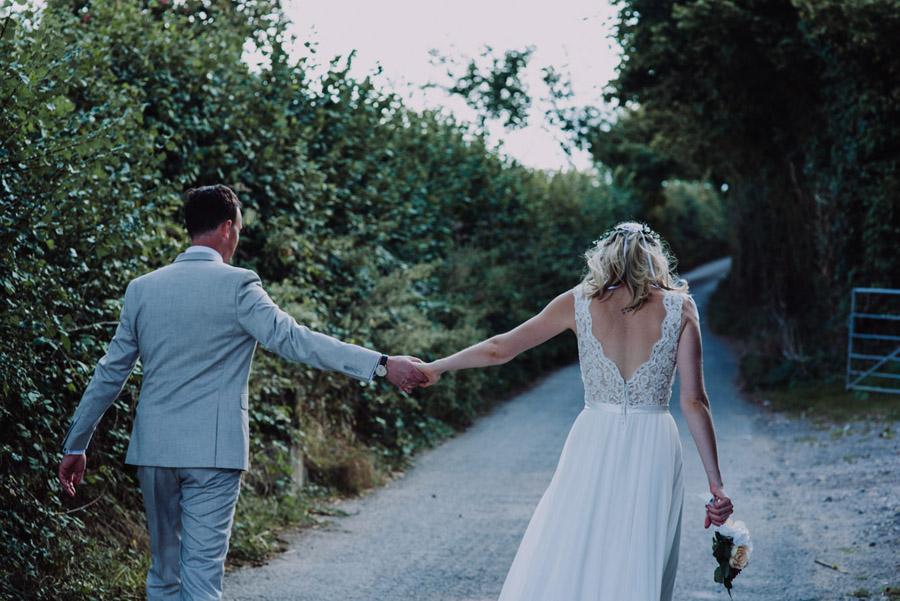 A relaxed botanical vibe for an Anran wedding in Devon, photo credit Special Day Wedding Photos (32)