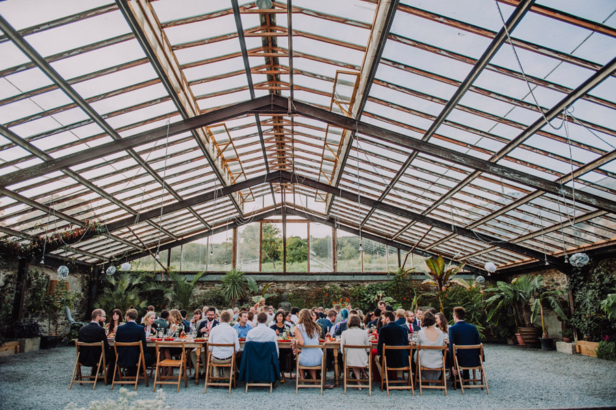 A relaxed botanical vibe for an Anran wedding in Devon, photo credit Special Day Wedding Photos (34)
