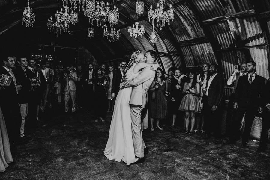 A relaxed botanical vibe for an Anran wedding in Devon, photo credit Special Day Wedding Photos (38)