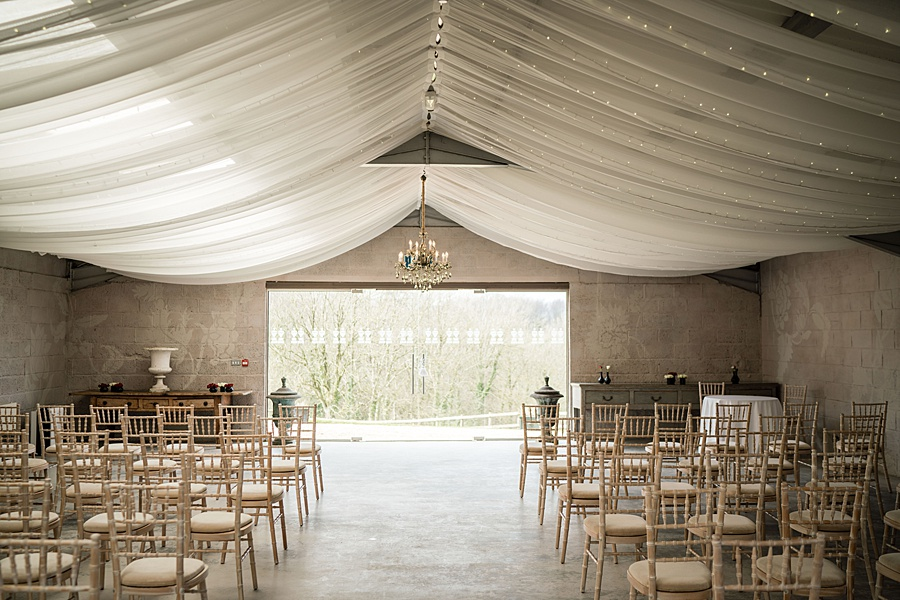 A beautiful barn wedding space - Axnoller Barn in Dorset, with Linus Moran Photography (6)