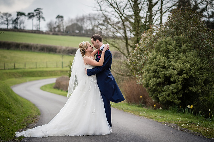 A beautiful barn wedding space - Axnoller Barn in Dorset, with Linus Moran Photography (45)