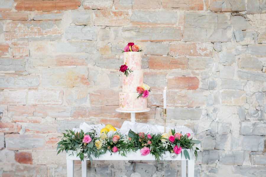 Vibrant florals, lemons and beautiful calligraphy for a summer wedding with Ellie Lou Photography (15)