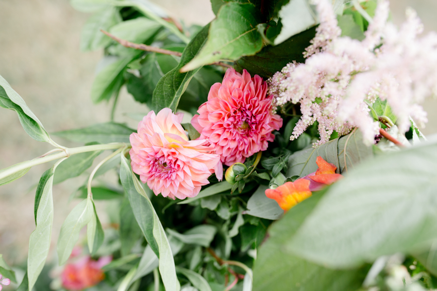 Vibrant florals, lemons and beautiful calligraphy for a summer wedding with Ellie Lou Photography (31)