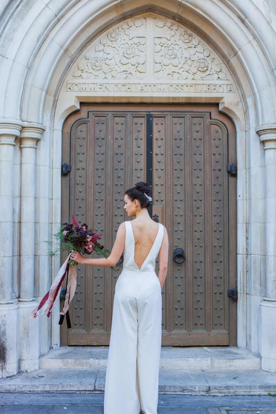 Moody Nordic wedding style ideas created in London, with images by Amanda Karen Photography (14)