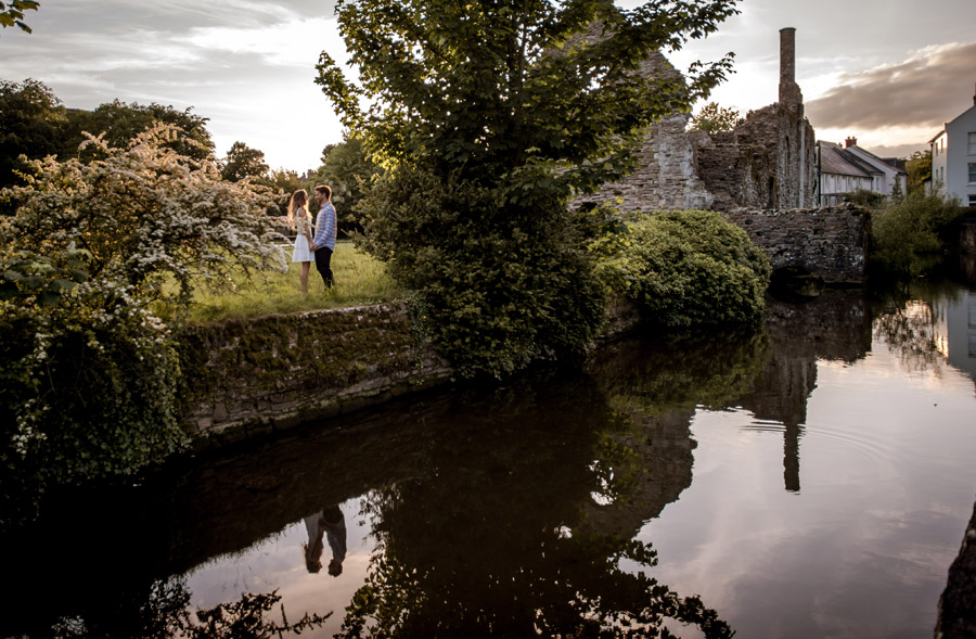 Do you really need an engagement shoot? Here's why it helps, with Robin Goodlad Photography in Dorset (16)