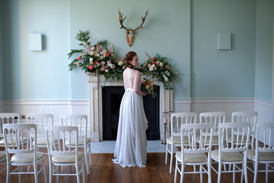 Beautiful fairytale wedding ideas from Clissold Park on English Wedding. Image credit Eva Tarnok Photography (18)