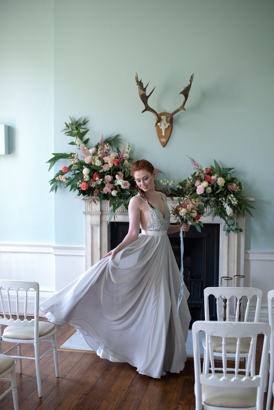 Beautiful fairytale wedding ideas from Clissold Park on English Wedding. Image credit Eva Tarnok Photography (19)