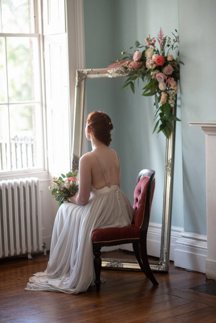 Beautiful fairytale wedding ideas from Clissold Park on English Wedding. Image credit Eva Tarnok Photography (20)
