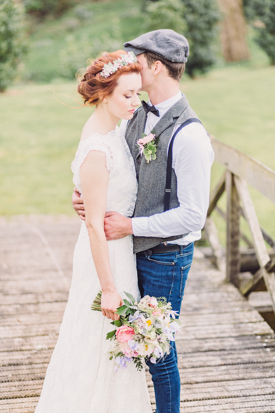 Luxury vintage wedding styling at Hillersdon House with Jennifer Jane Photography (35)