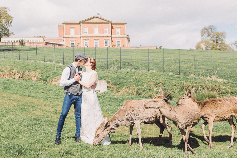 Luxury vintage wedding styling at Hillersdon House with Jennifer Jane Photography (39)
