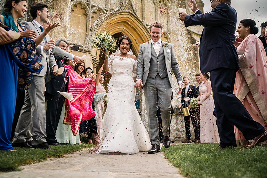 Linus Moran Photography at North Cadbury Court, traditional English wedding inspiration (31)