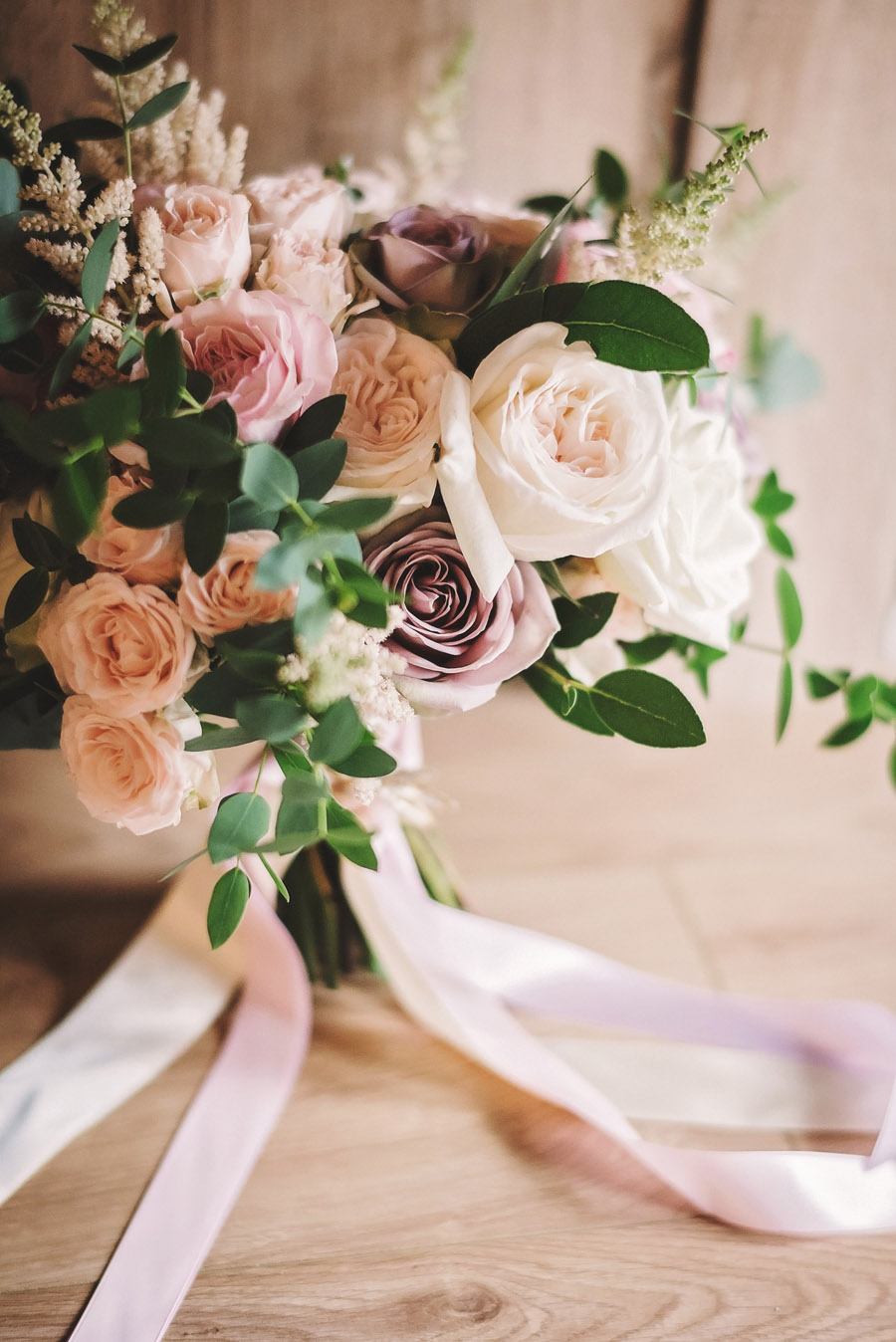 Eversholt Hall wedding with feminine floral styling, image credit Matthew Bishop Photography (3)
