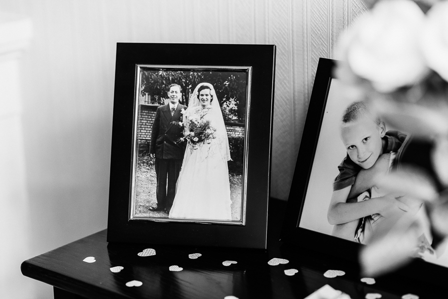 Beautiful wedding full of ideas by Charlene Webb Photography in Kent (3)