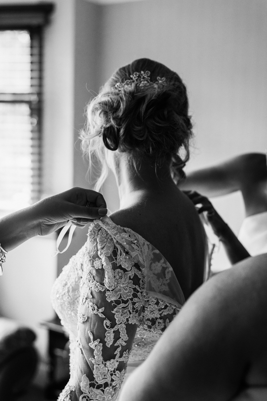 Beautiful wedding full of ideas by Charlene Webb Photography in Kent (9)