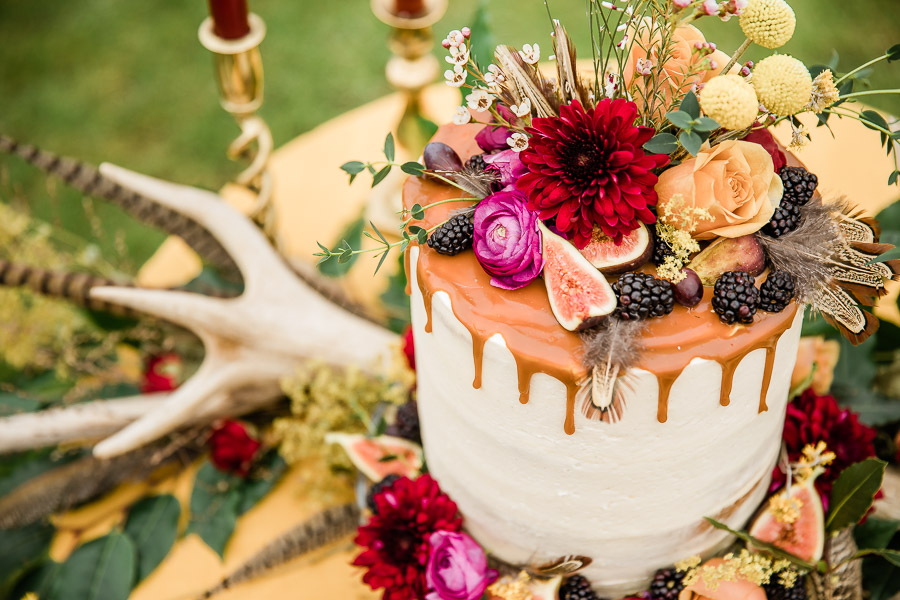 English country wedding styling ideas with a rural twist from Hannah Buckland Photography (10)