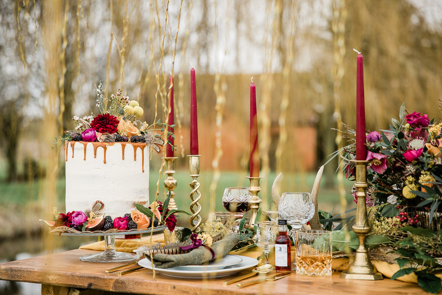 English country wedding styling ideas with a rural twist from Hannah Buckland Photography (6)