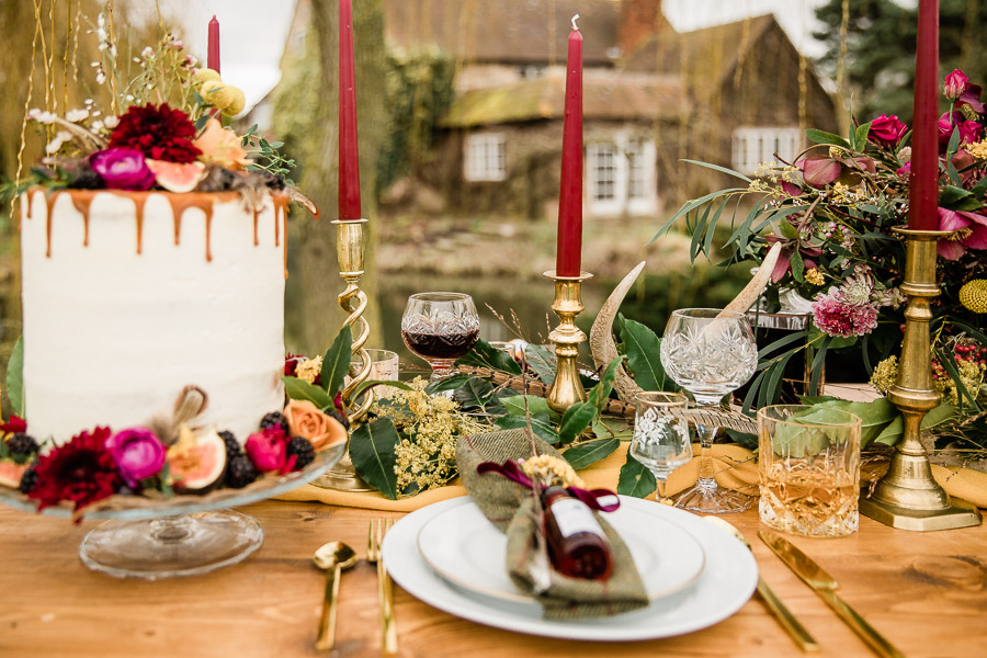 English country wedding styling ideas with a rural twist from Hannah Buckland Photography (1)