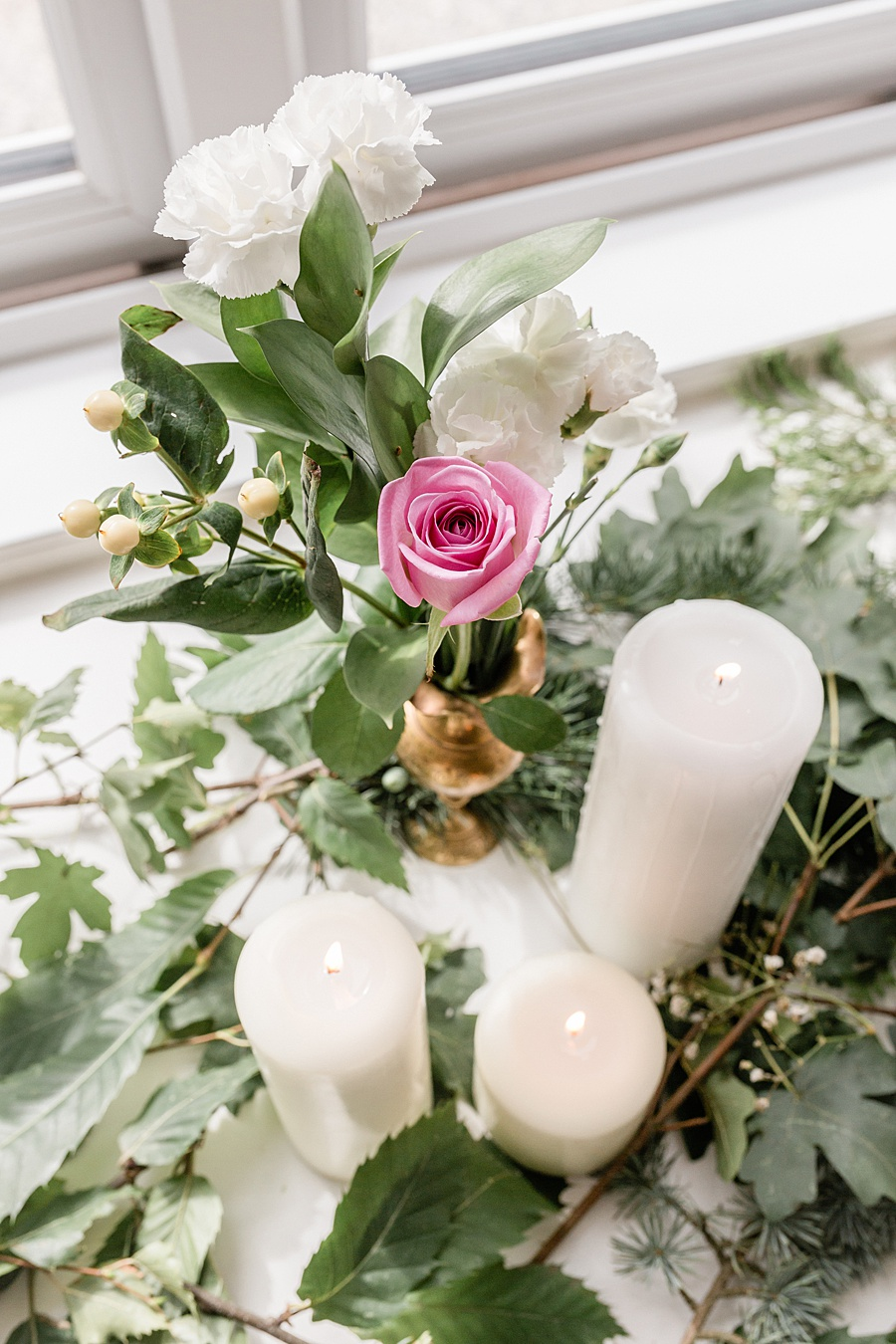 Neutral organic and minimal wedding style ideas from Kingsdown Rectory. Styling Your Wedding Your Way Images Kate Hennessey Photography (11)
