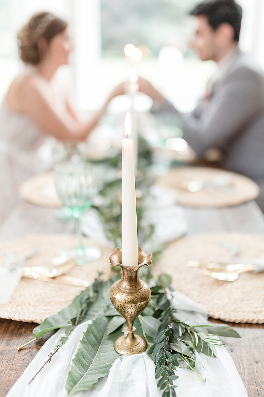 Neutral organic and minimal wedding style ideas from Kingsdown Rectory. Styling Your Wedding Your Way Images Kate Hennessey Photography (39)