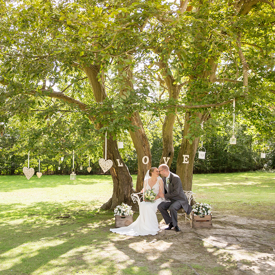 female wedding photographer in Kent Helen England Photography (10)