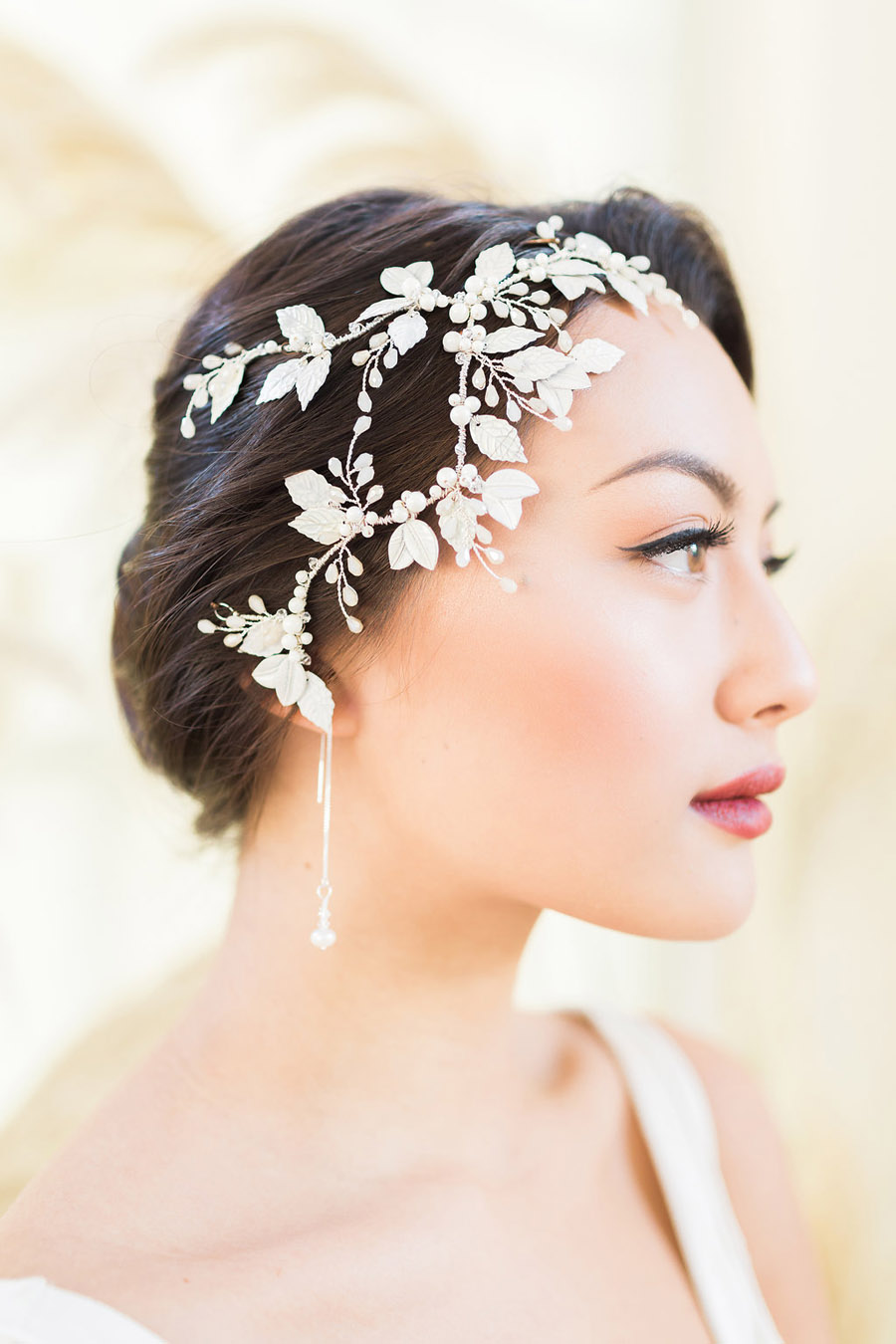 Unique wedding accessories and jewellery by Clare Lloyd in Somerset (27)