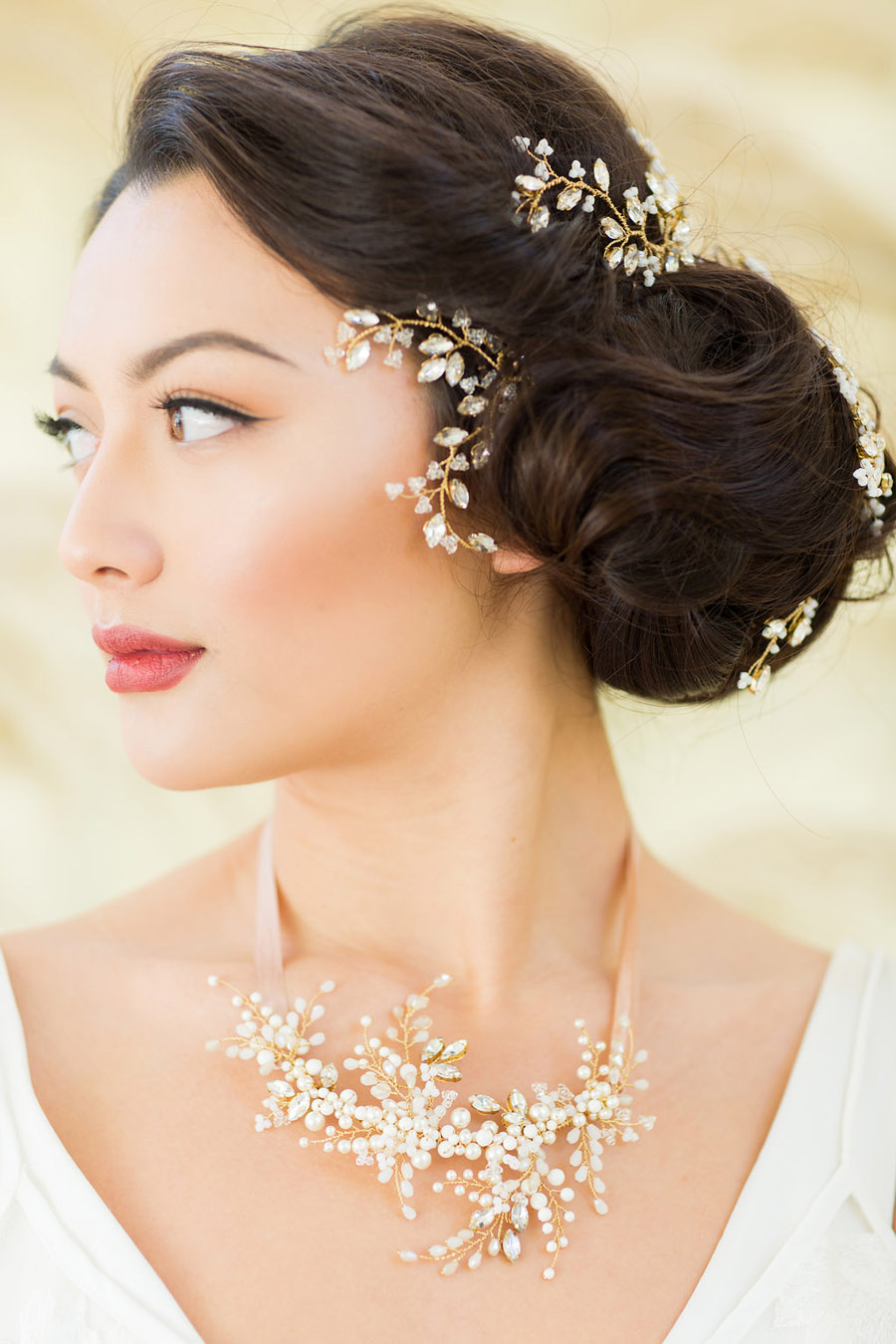 Unique wedding accessories and jewellery by Clare Lloyd in Somerset (29)