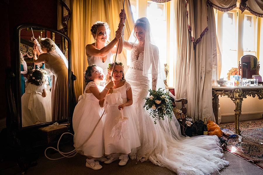 Maunsel House in Somerset - see inside a real wedding with Linus Moran Photography (19)