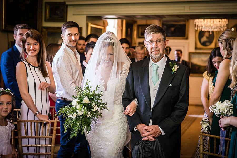 Maunsel House in Somerset - see inside a real wedding with Linus Moran Photography (21)