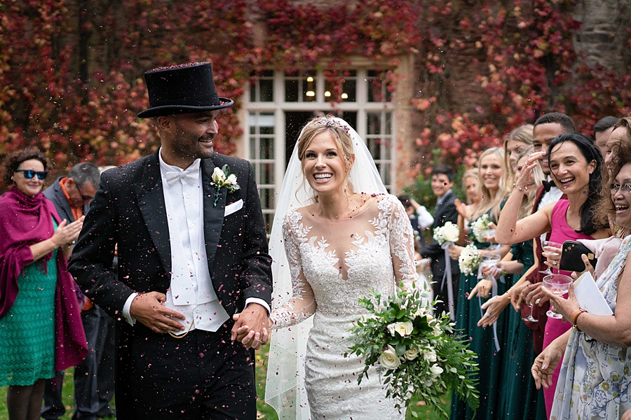 Maunsel House in Somerset - see inside a real wedding with Linus Moran Photography (35)