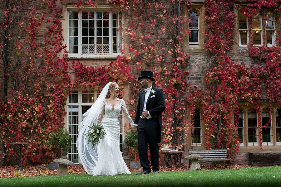 Maunsel House in Somerset - see inside a real wedding with Linus Moran Photography (39)
