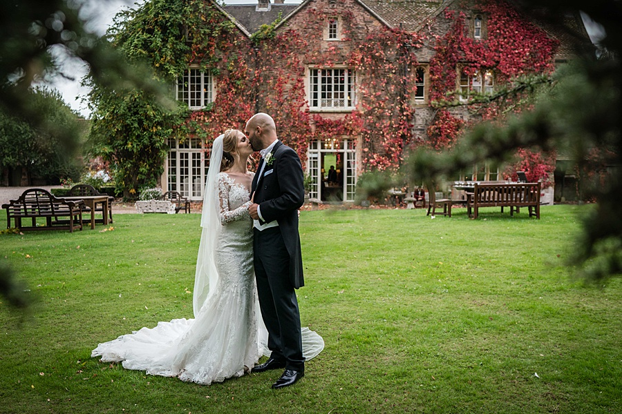 Maunsel House in Somerset - see inside a real wedding with Linus Moran Photography (41)