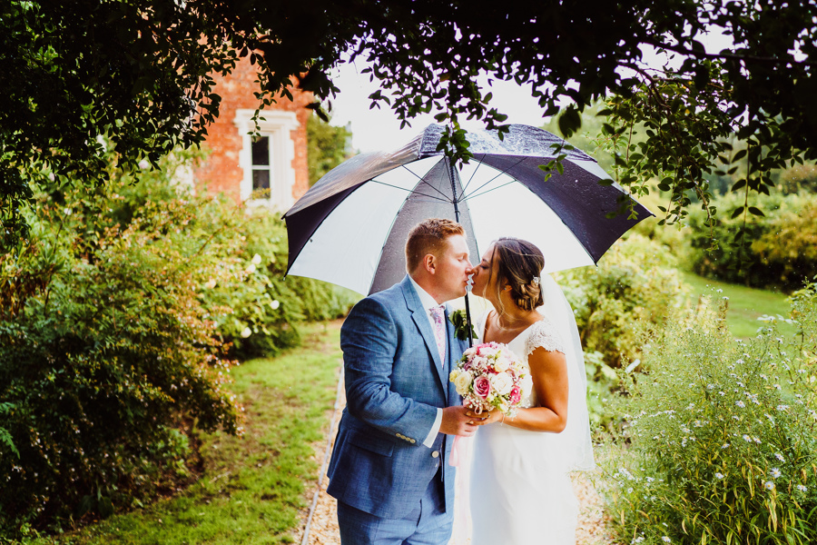 Fun and happy garden wedding at Childerley Hall with Rob Dodsworth Photography (34)